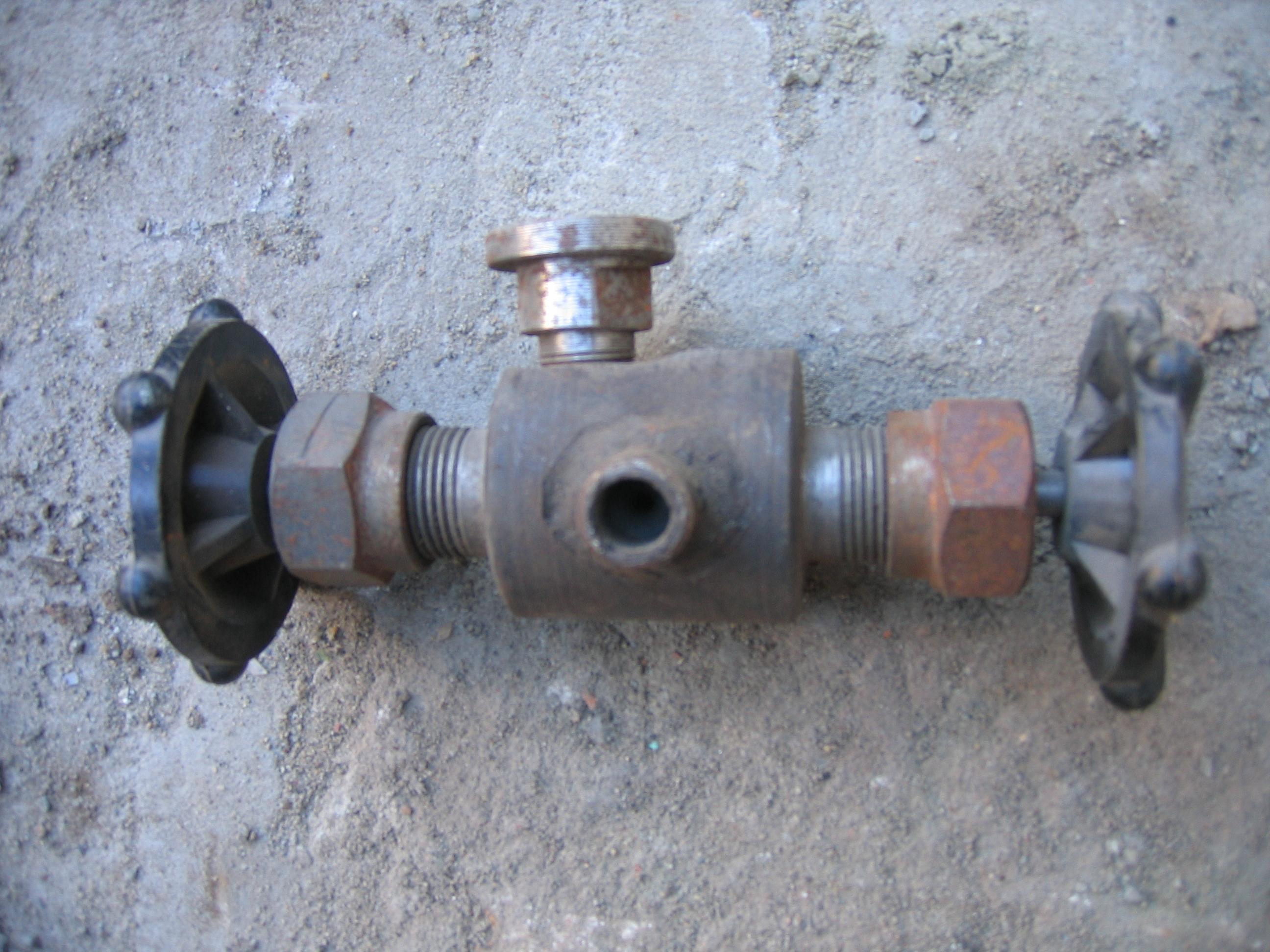 Вентиль ВАЗ-829.10-0